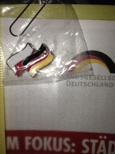 Sollen Freundschaft symbolisieren: Zwei Flaggen, die deutsche und die polnische, in einem Sticker.