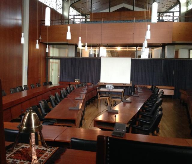 Alter Sitzungssaal im Gebäude der Städteregion in Aachen, Zollernstraße.