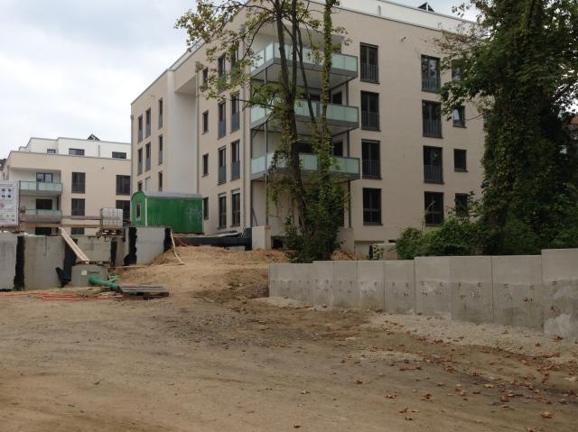 In der Aachener Brabantstraße sind knapp 70 neue Wohnungen gebaut worden. Nicht wenige sind 140 Quadratmeter groß.