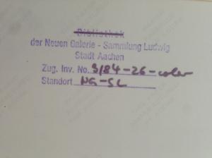 Im Alten Kurhaus befand sich viele Jahre lang die Neue Galerie -Sammlung Ludwig. Signaturen auf Kunstwerken verweisen auf diese Einrichtung.
