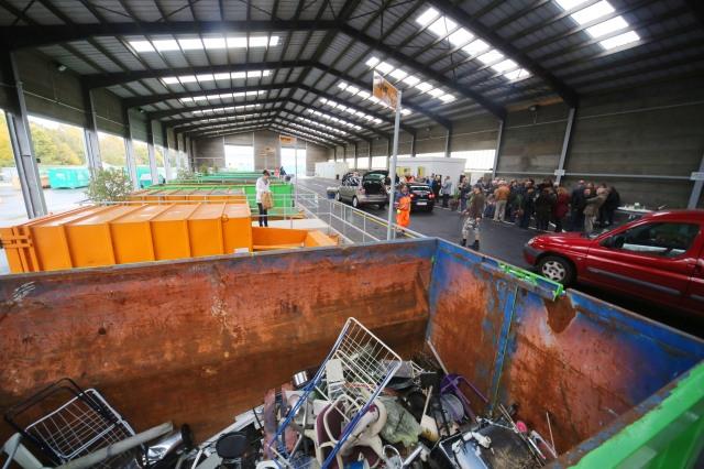 Eindrucksvolle Anlage: der neue Recyclinghof von Aachen in der Kellerhausstraße. Foto: Presseamt der Stadt Aachen