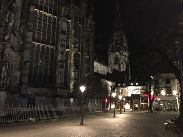 Hier ist um 22 Uhr kein Mensch mehr auf der Straße. In wenigen Wochen wird das ganz anders sein. Da werden wieder die Nachtschwärmer die Innenstadt bevölkern.