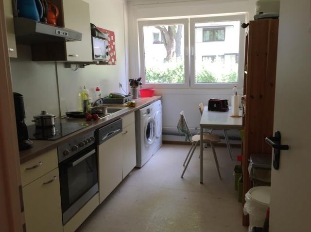 Eine von zwei Küchen.