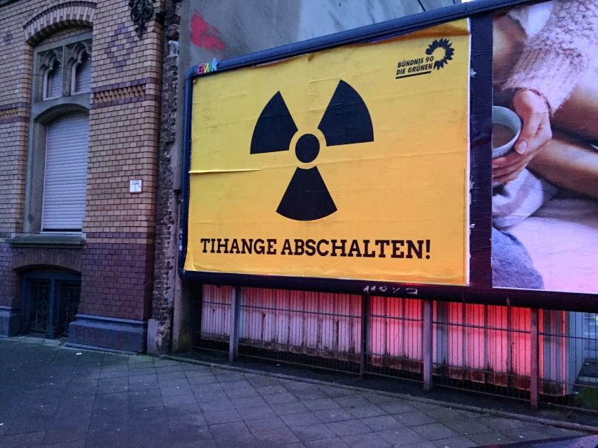 Knallt ganz schön. Bravo Grüne! Gesehen in der Jakobstraße in Aachen.
