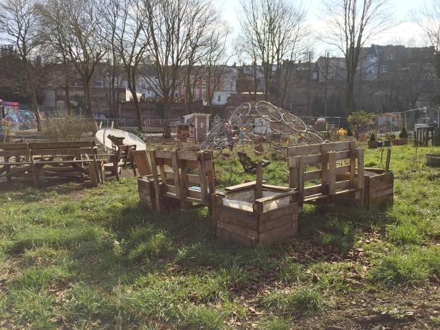 Das sieht nicht aus wie ein englischer Rasen und ist doch ein Fleckchen Erde, das viele Anwohner lieben.
