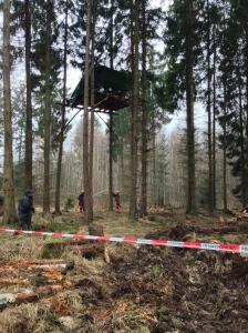 Seit vielen Jahren wird für die Erhaltung des Hambacher Forst gekämpft. Mehrfach habe ich in der Vergangenheit die Baumschützer besucht und da auch Fotos gemacht.