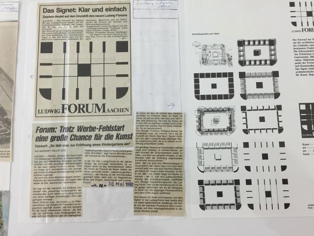Von den Anfangsschwierigkeiten beim betrieb des neuen Ludwig Forums in Aachen schrieb damals eine junge Journalistin mit Doppelname.
