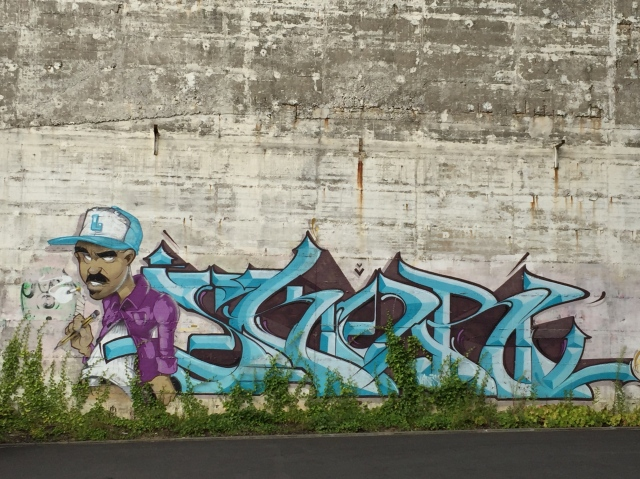 Wo tolle Leute sind, da sind auch Graffitis: Industriegelände zwischen Aachen und Haaren.