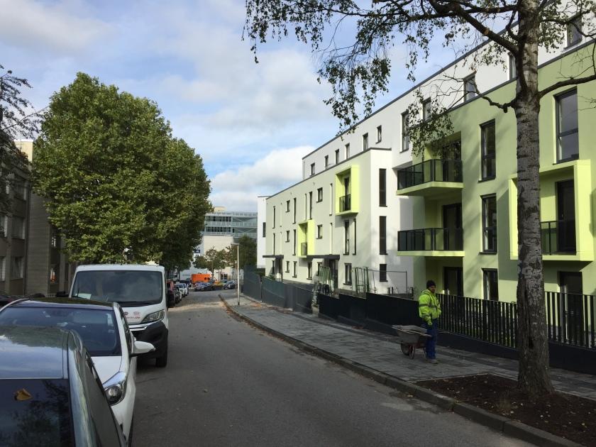 Neue Wohnungen in Aachen, hier Mataréstraße. Die Stadt kann viel tun um mehr Wohnungsbau in Aachen möglich zu machen. Dabei greift sie regulierend in den Markt ein. Das mag nicht jeder.