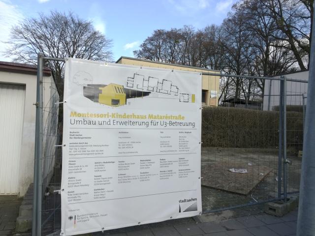 In der Mataréstraße entsteht eine Kita für Menschen die noch keine 3 Jahre alt sind. Die Plätze werden dringend gebraucht. Aachen erfüllt sein selbst-gesetztes Soll nicht.