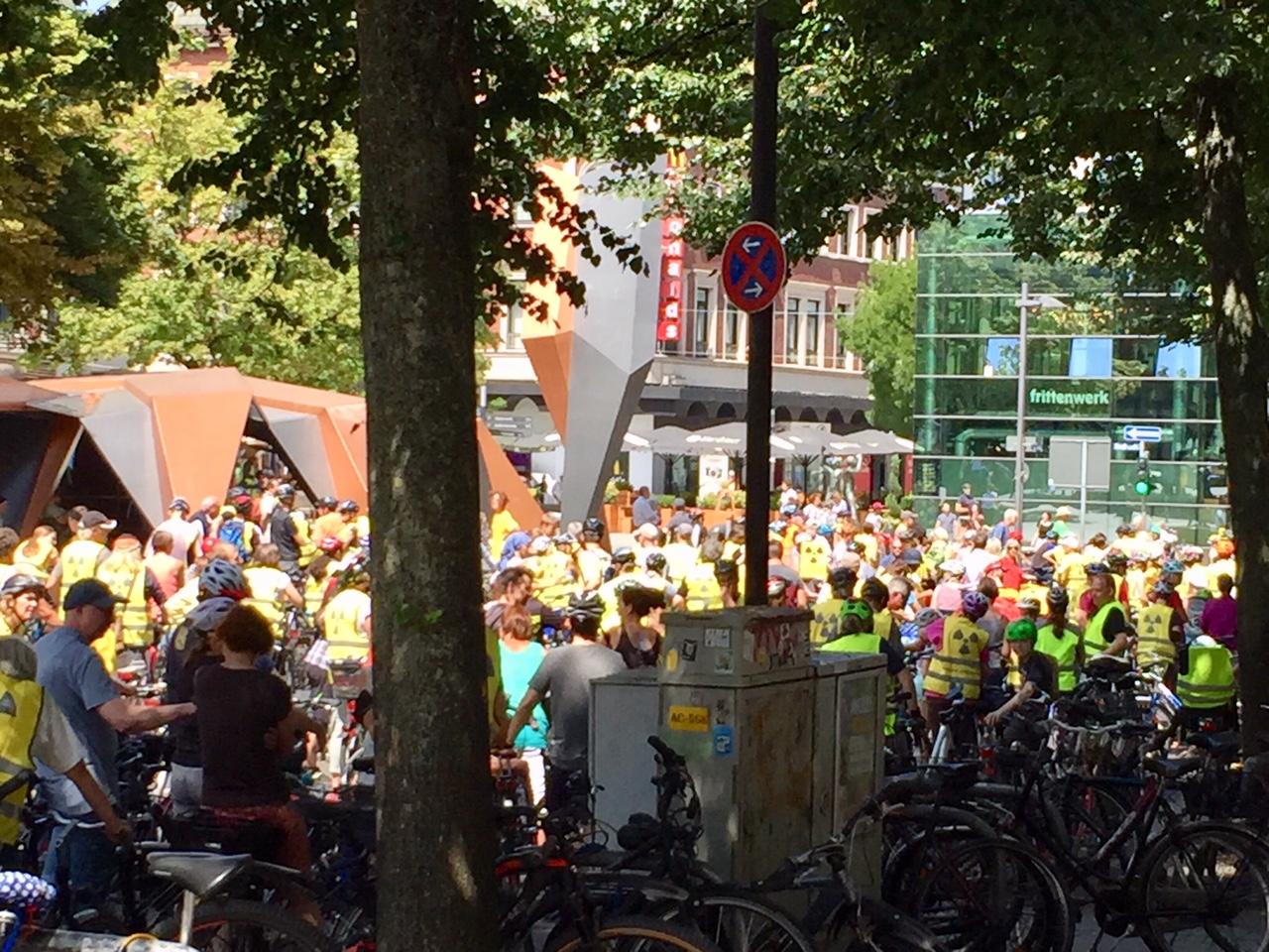 Sternfahrt gegen Tihange und Doel – Raddemo – Tour Becquerel